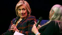 Χίλαρι Κλίντον: «Ανεξήγητο» το ότι αργεί η δημοσιοποίηση της βρετανικής έκθεσης για τις ρωσικές