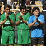 Maradona soutient Evo Morales et dénonce