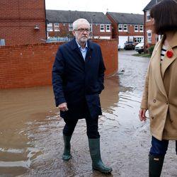 Labour Pledges £5.6bn For Flood Defences Over 10