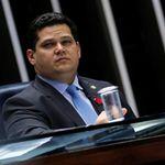 Alcolumbre vai consultar líderes sobre possibilidade de fazer uma nova