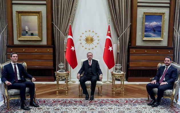 Tι κρύβεται πίσω από τις σχέσεις του Τραμπ με την Τουρκία; Τρεις