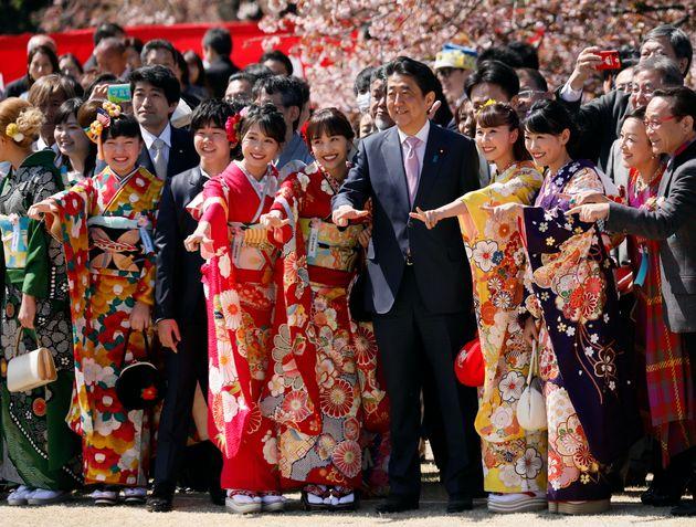 安倍首相主催の「桜を見る会」(2019年4月13日撮影)