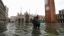 Venedig Bürgermeister Die Schuld Für Den Klimawandel Nach Der Stadt Schlug Mit Der Höchsten Flut In 50 Jahren