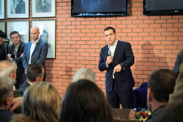 Τσίπρας: Γινόμαστε μάρτυρες ακραίου νεοσυντηριτισμού και επικοινωνιακού