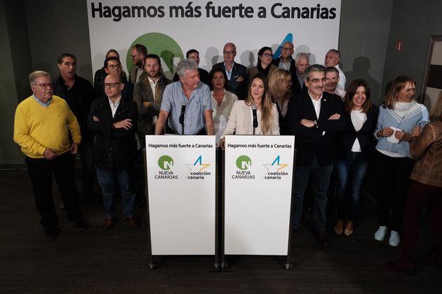 Ana Oramas y Pedro Quevedo tras los resultados del 10-N en la noche electoral del