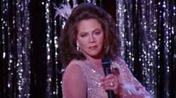 Friends Guest Star Kathleen Turner Admits She Wouldn't Accept Role Of Chandler's Dad In