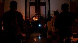 VLOG: Εσπερινός με το φως των κεριών για Ινδονήσιους Ορθόδοξους