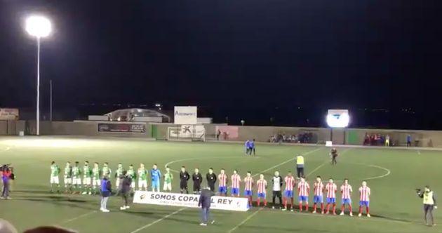 Himno franquista en un partido de la Copa del