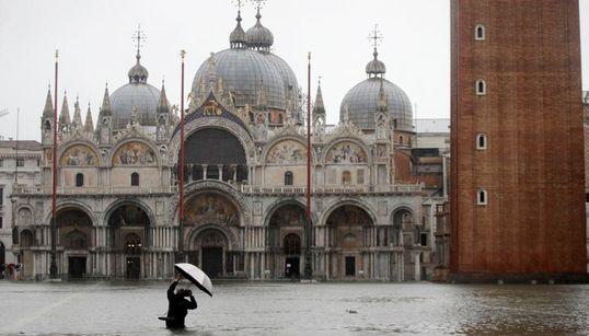 Venecia sufre su peor inundación desde