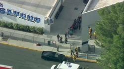 Fusillade dans une école secondaire près de Los