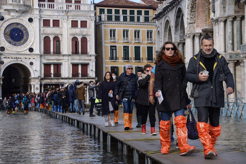 Veneza, devastada pela pior enchente dos últimos 50 anos, em 15