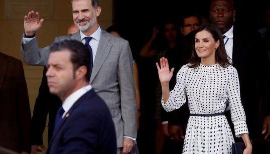 Felipe VI se reúne en privado con Raúl Castro en un encuentro de última