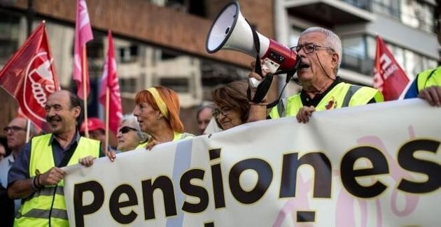 Los pensionistas españoles, especialmente los jubilados, mantienen desde hace meses las movilizaciones...