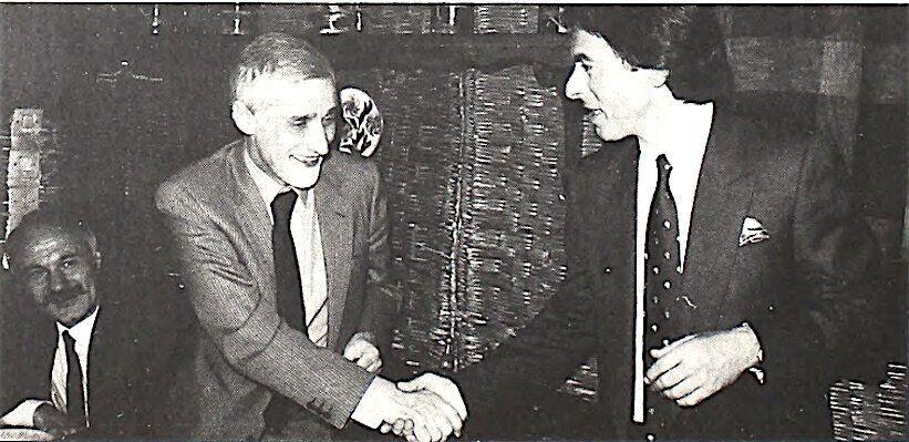 31.12.1986. Η ημέρα της συνταξιοδότησης του Neo από το Reuters. O Ζαν Κλοντ Μαρκάντ, υπεύθυνος για την...
