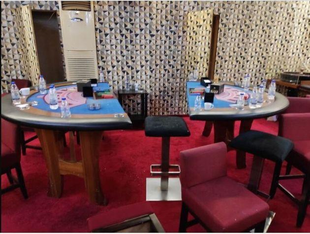 «Σκούπα» της ΕΛ.ΑΣ. σε παράνομο καζίνο-«φρούριο» - 87 συλλήψεις, 25