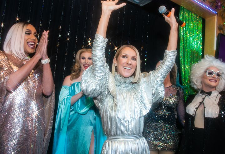 Westlake Legal Group 5dcee3e61f00003507dee8a7 Céline Dion Celebrated Her New Album By Surprising Fans At NYC Drag Bar