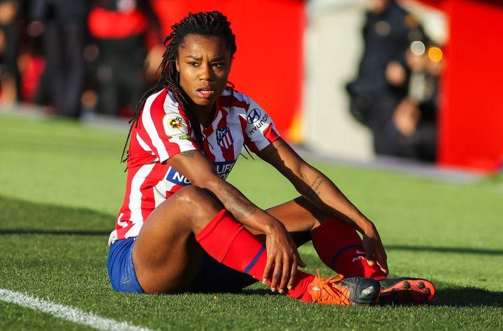 """Les footballeuses d'Espagne en grève pour des conditions de travail """"dignes"""" (ici Lumila, une joueuse de Madrid pris en photo le 3 novembre 2018)"""