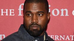 Kanye West Performs In Texas Jail For Over 200