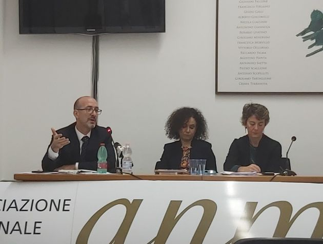 Il confronto tra Pasquale Grasso, Silvia Corinaldesi e Elisabetta Chinaglia, candidati alle elezioni...