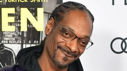 Snoop Dogg Declares Self 'Sexiest Man Alive' In Mock People