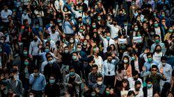 홍콩 주둔 중국군은 왜 시위 끝난 도로를