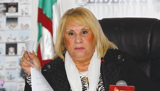"""L'avocate Benbraham accuse les détenus pour cause d'emblème amazigh d'être des"""" trafiquants de"""
