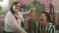 Harry Styles Is Aidy Bryant's Dog Boyfriend On 'SNL' And We Ship