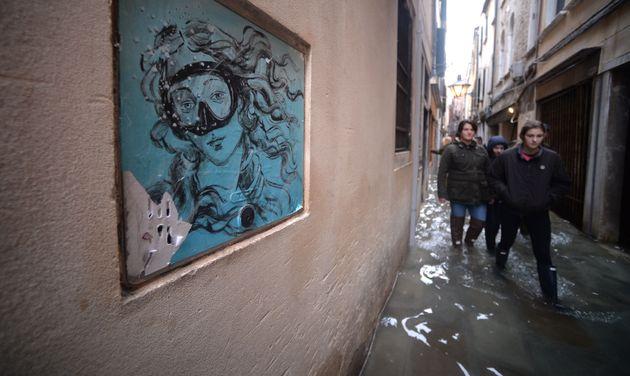 Η Βενετία, η οποία πλήττεται...