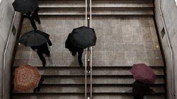 Βροχές και καταιγίδες σε όλη την χώρα την Δευτέρα προβλέπει η