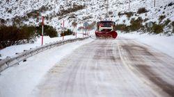 Cortados por la nieve 15 carreteras y 6 puertos de montaña de la red