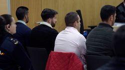'La Manada' se ríe en el juicio por el abuso en Pozoblanco y el juez les llama la