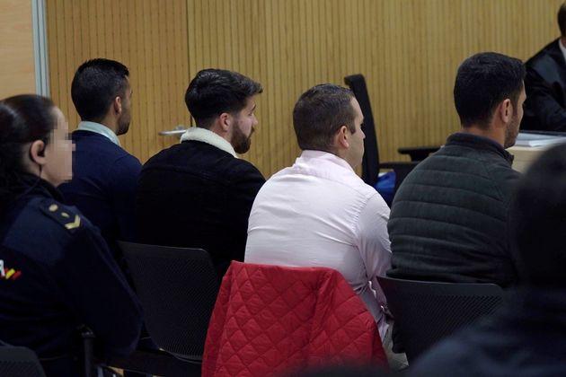 Comienza el juicio contra miembros de La Manada por abusos en