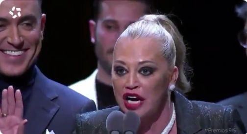 Belén Esteban, durante su discurso de agradecimiento en los Premios