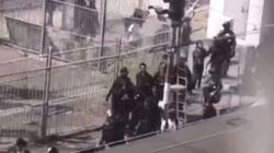 """″체포된 홍콩 시위대를 중국으로 보내는 장면""""이라 주장하는 영상이 돌고"""