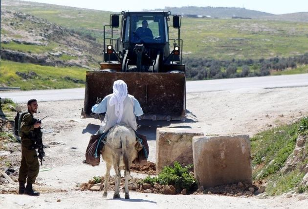 EE UU deja de considerar ilegales los asentamientos israelíes en