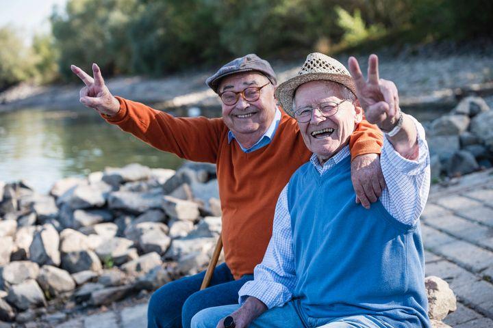 Amistad entre personas mayores