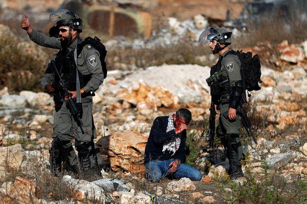 Παλαιστίνιος διαδηλωτής...