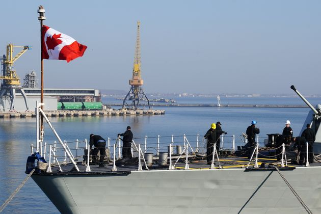 HMCS Toronto arrives in Odessa, Ukraine after a Black Sea patrol mission on Apr. 1, 2019.
