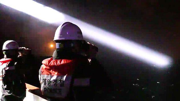 19일 밤 제주 차귀도 서쪽 해상에서 대성호 실종자 11명을 찾기 위한 수색작업이 이뤄지고