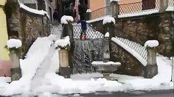 L'antico metodo per togliere la neve è efficace (con qualche