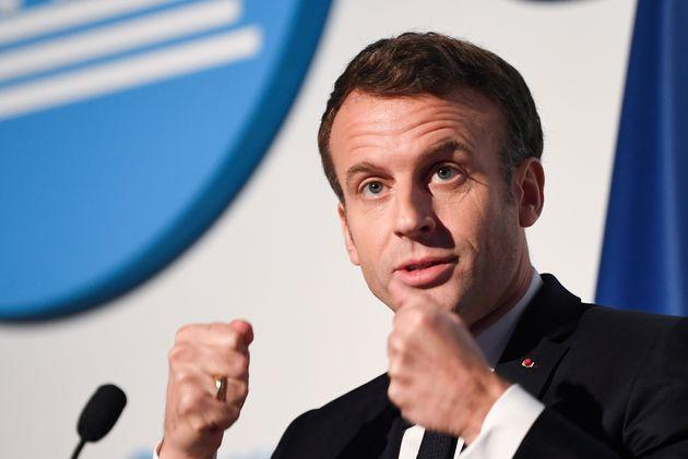 Emmanuel Macron a annoncé au siège de l'Unesco un durcissement des sanctions visant les...