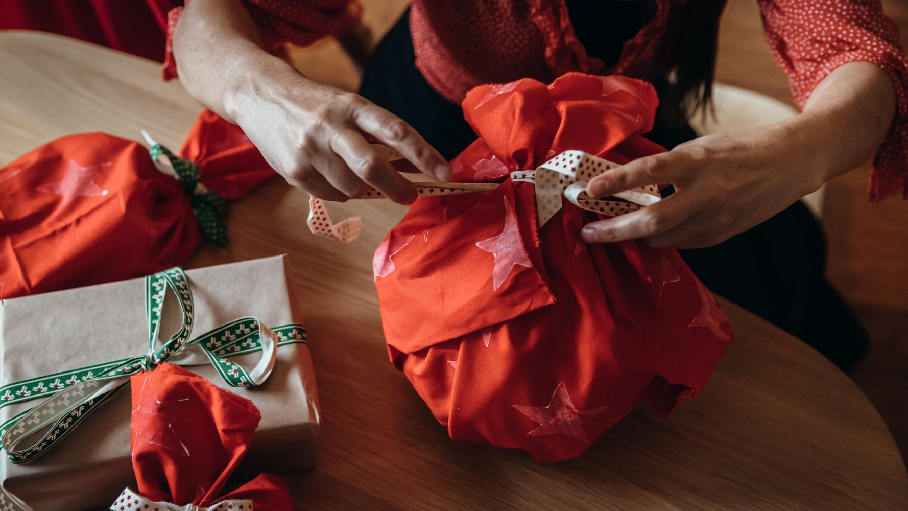 From Knot Wraps To Washi Tape: Your Eco-Friendly Gift Wrapping Guide