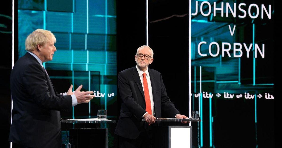 Mentiras, promesas y errores: así (de mal) utilizan la sanidad los políticos británicos en campaña