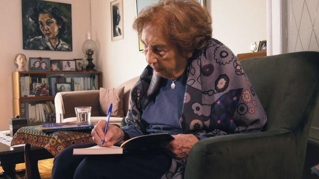 Οταν η Άλκη Ζέη συνάντησε τον Τζο Νέσμπο και έγραψε το «Ένα παιδί από το