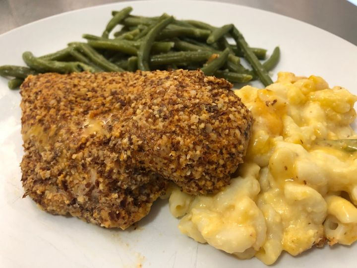 Freshly's chicken with butternut squash mac and cheese.