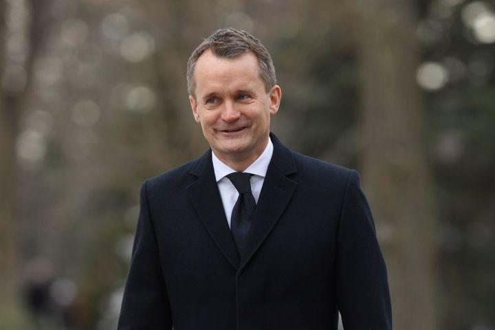 Liberal MP Seamus O'Regan arrives for the swearing-in ceremony in Ottawa on Nov. 20, 2019.