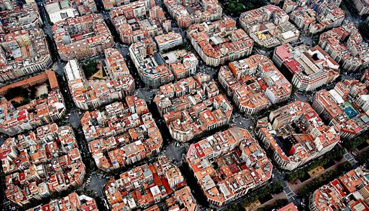 Barcelona Is Taking Radical Steps To Ban Cars. Here's