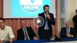 Giornalista interrompe conferenza stampa di Salvini: