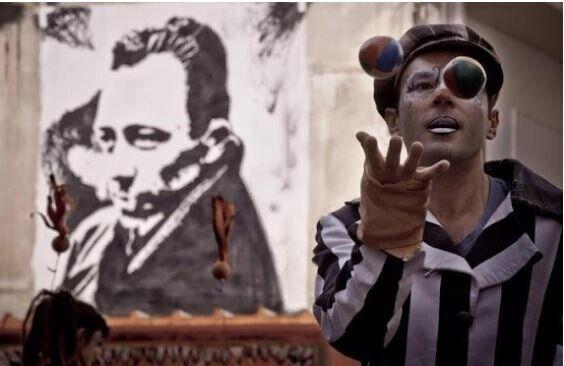 HuffPost Weekend: «Αξιον Εστί», Χοσέ Κούρα, Μόντι Αλεξάντερ,
