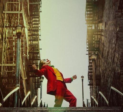 «Joker»: Ο Τοντ Φίλιπς απαντά στα δημοσιεύματα περί